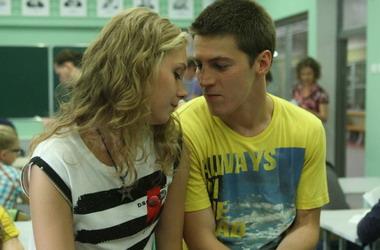 """Сериал """"Физика или химия"""" вошел в пятерку худших сериалов 2011 года"""